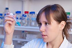 Experts en interprétation de résultats d'analyses d'échantillons recherchés!