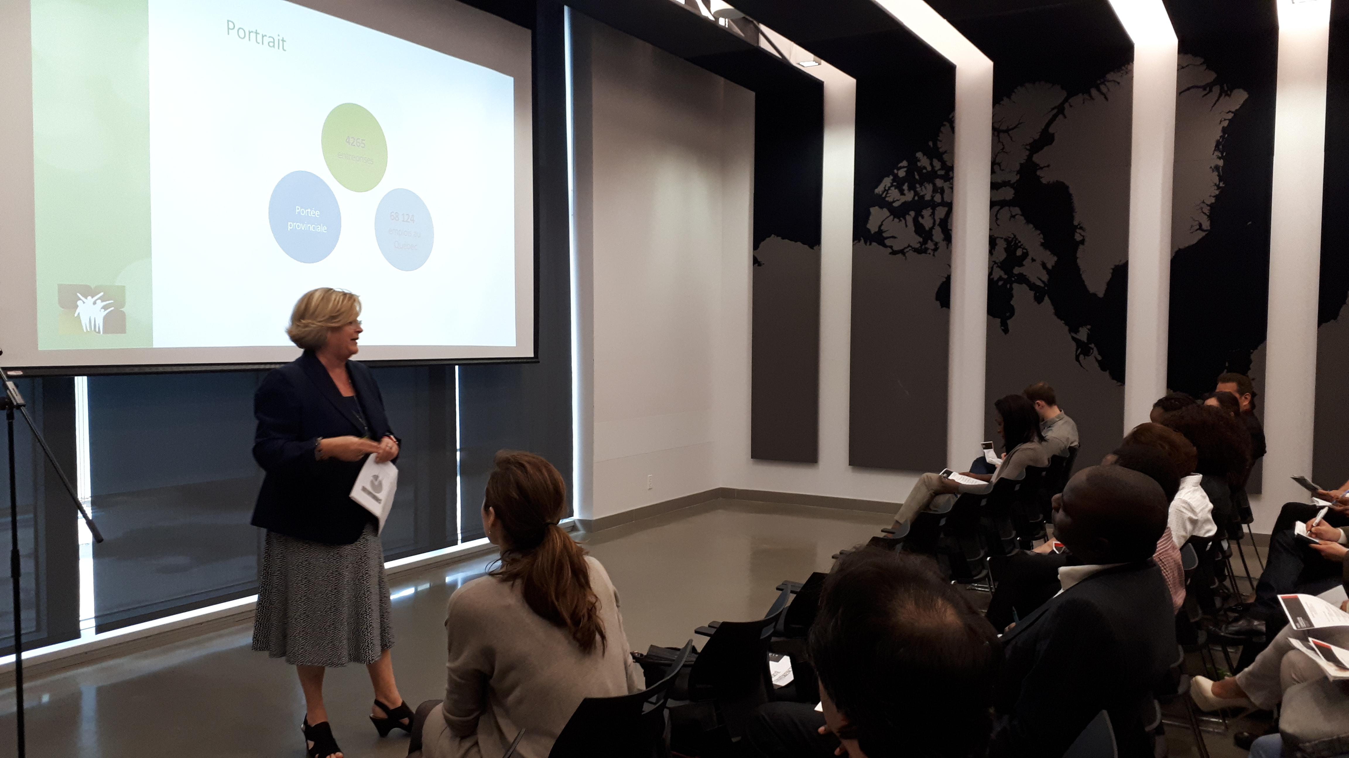 Travailler dans le secteur de l'environnement quand on est nouvel arrivant au Québec : Envirocompétences s'exprime lors de la conférence sectorielle en environnement dans le cadre du programme Interconnexion